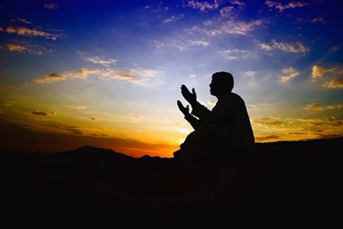 Kur'an'a Göre Nasıl Dua Edilmelidir?